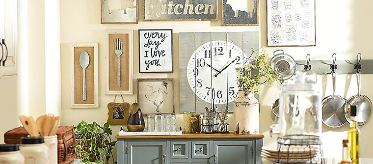 Farmhouse home décor