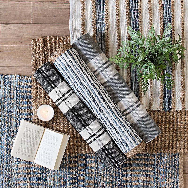Attractive accent rugs for every room