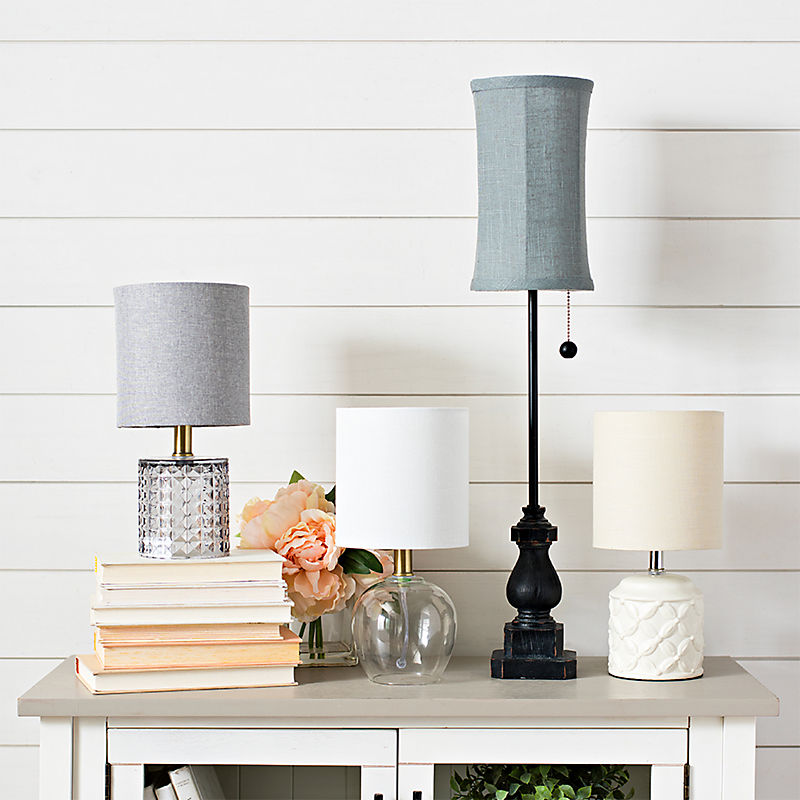 A veriety of table lamps