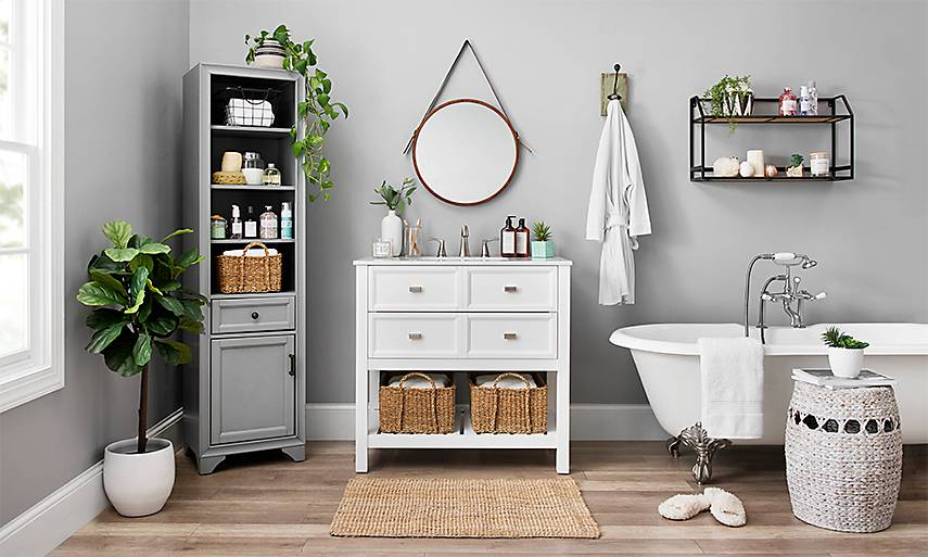 Decorating With White For Bathrooms: Bathroom Decor