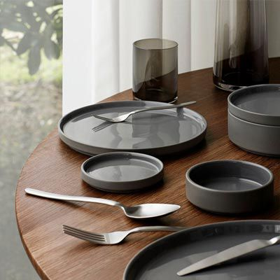 Dinnerware, Glassware & Flatware