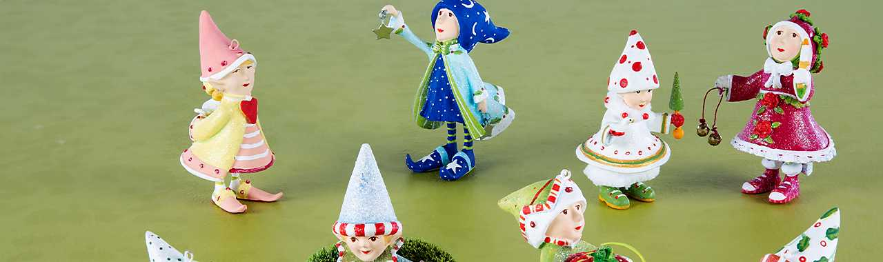 Patience Brewster Dash Away Elves Mini Ornaments Set Banner Image