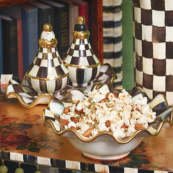 Courtly Check Fluted Breakfast Bowl image six