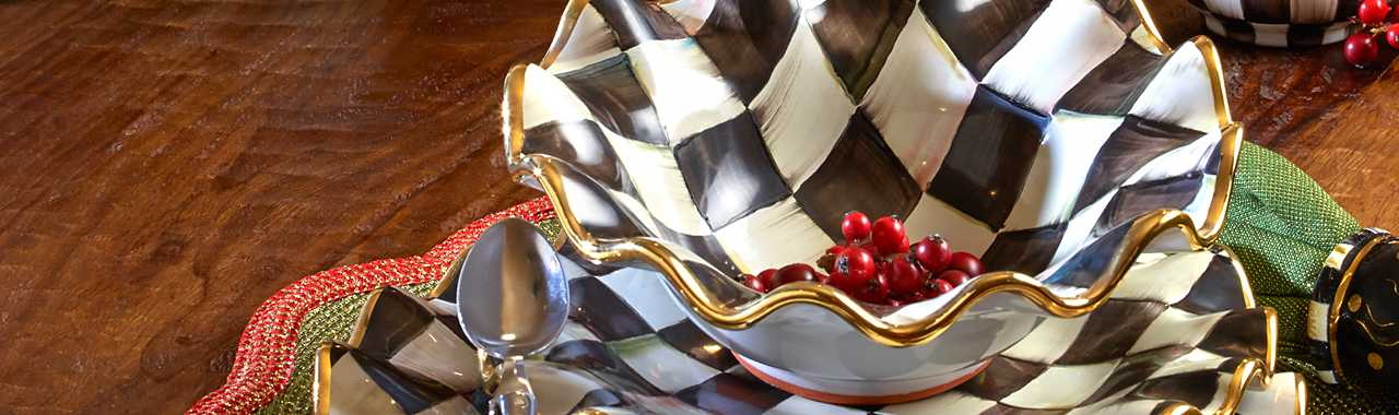 Courtly Check Fluted Breakfast Bowl Banner Image