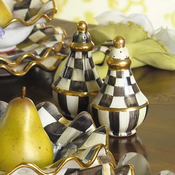 Courtly Check Salt & Pepper Shaker Set image six
