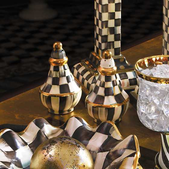 Courtly Check Salt & Pepper Shaker Set image eight