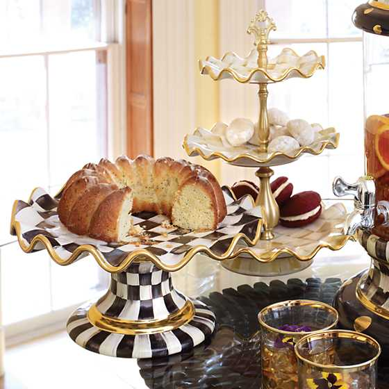 Courtly Check Fluted Cake Stand image eleven