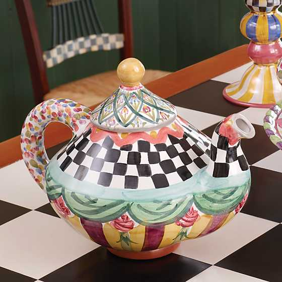 Taylor Teapot - Odd Fellows image ten