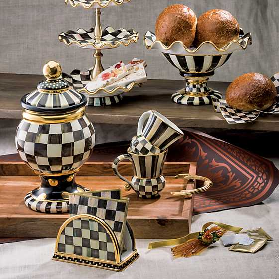 Courtly Check Three Tier Sweet Stand image eight