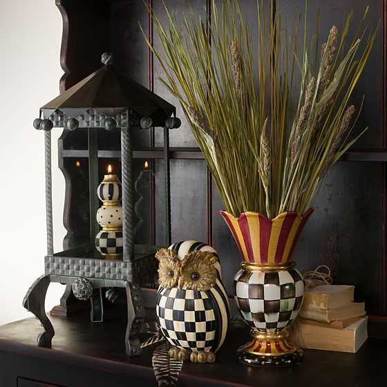 Great Vase image two