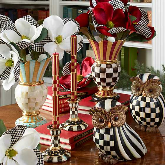 Great Vase image seven