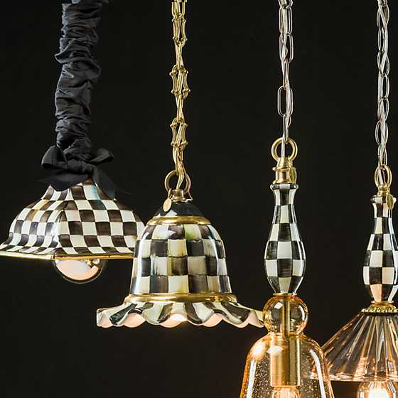 Courtly Check Pendant Lamp - Small image three