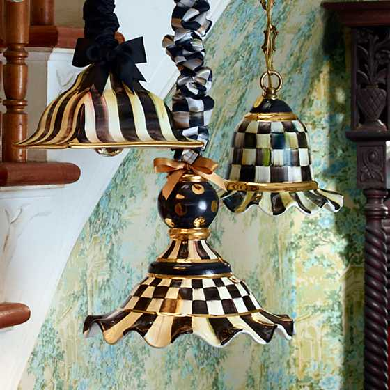Courtly Check Pendant Lamp - Small image four