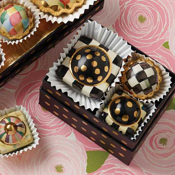 Petit Four Square Knob - Courtly Check image three