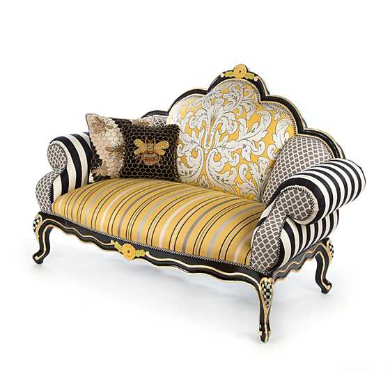 Queen Bee Loveseat image four