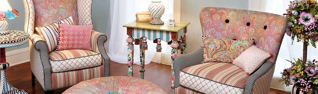 Patisserie Parlor Chair Banner Image