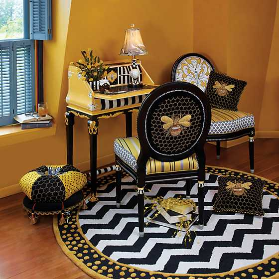 Queen Bee Side Chair image five