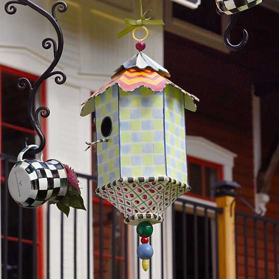 Flyer's Folly Birdhouse image four