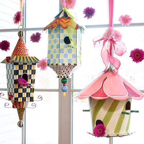 Flyer's Folly Birdhouse image seven