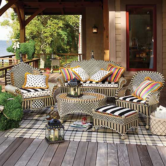 Courtyard Outdoor Accent Chair - Bathing Hut image seven