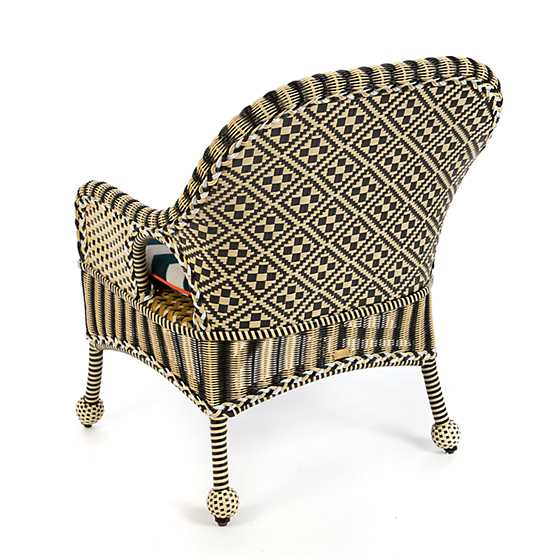 Courtyard Outdoor Accent Chair - Wood Iris