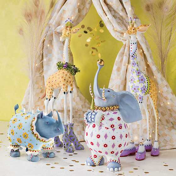 Patience Brewster Jambo Janet Giraffe Figure image two