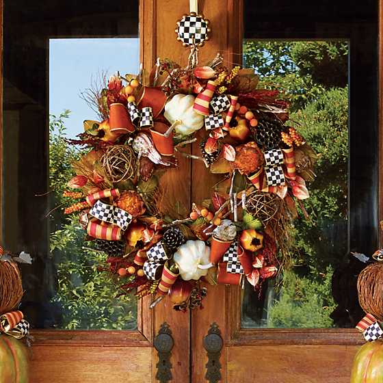 Courtly Check Wreath Hanger image seven