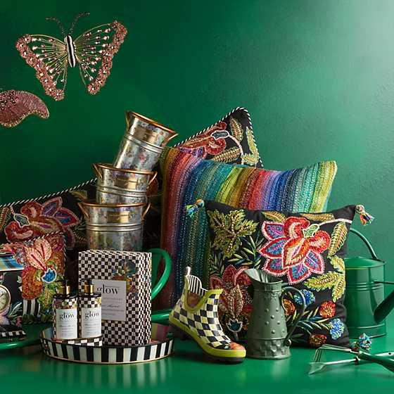 Flower Market Soap & Lotion Caddy Set image two