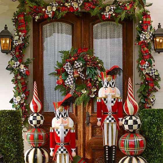 Deck the Halls Wreath image two