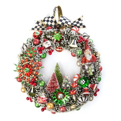 Deck the Halls Nostalgia Wreath