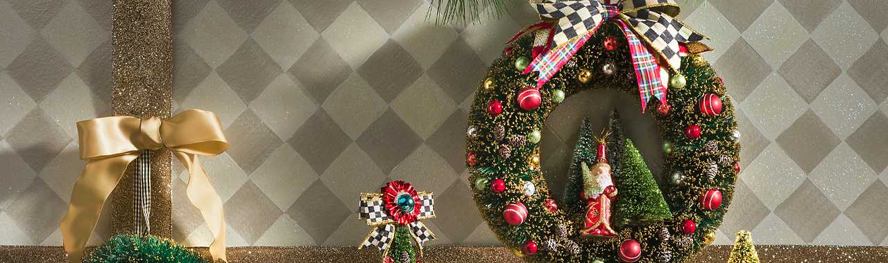 Happy Holidays Nostalgia Wreath Banner Image