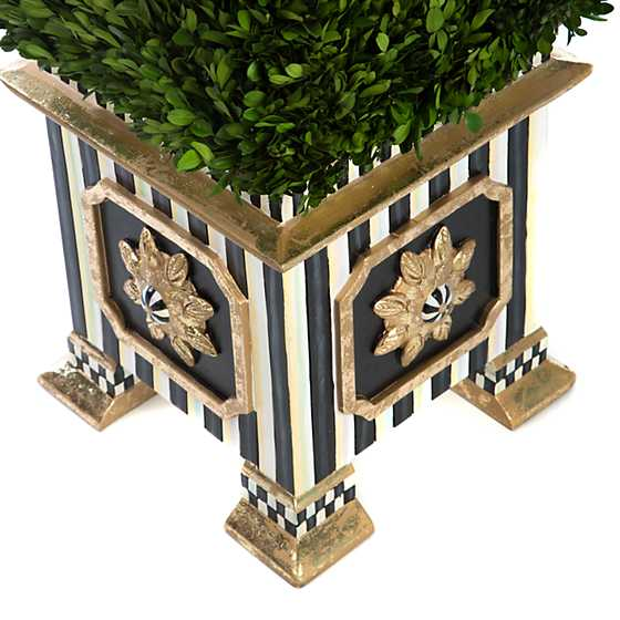 Boxwood Obelisk - Extra Large image three