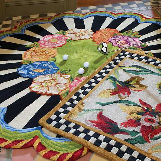 Cutting Garden Rug - 6' Round image four