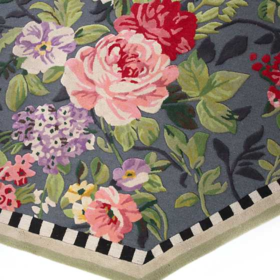 Tudor Rose Rug - 6' Octagon image three