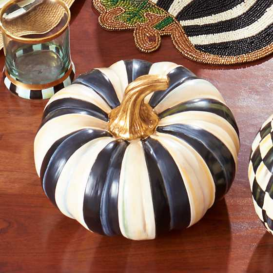 Courtly Stripe Squashed Pumpkin - Small image three