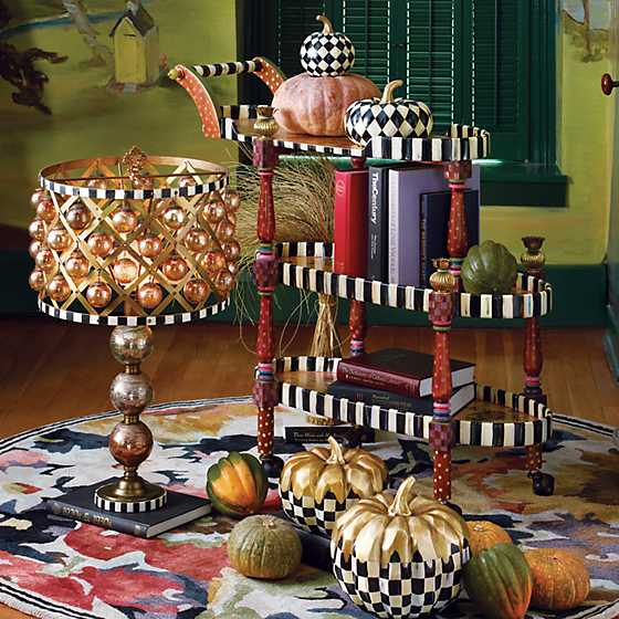 Courtly Harlequin Squashed Pumpkin - Small image three