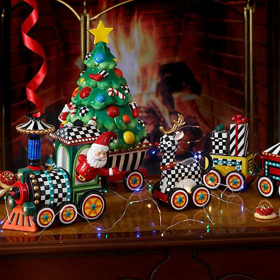 Christmas Train - 4-Piece Ceramic Set image three