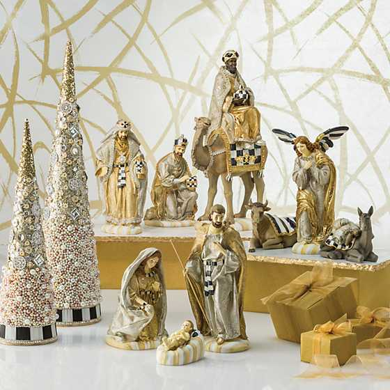 Silver Lining Nativity - Angel & Animal Set image two