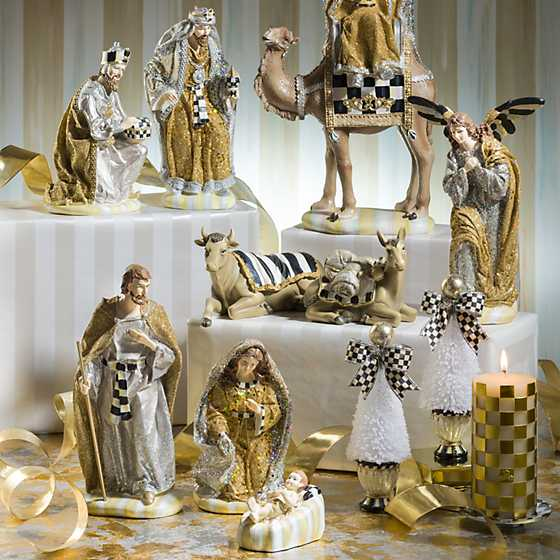 Silver Lining Nativity - Angel & Animal Set image six