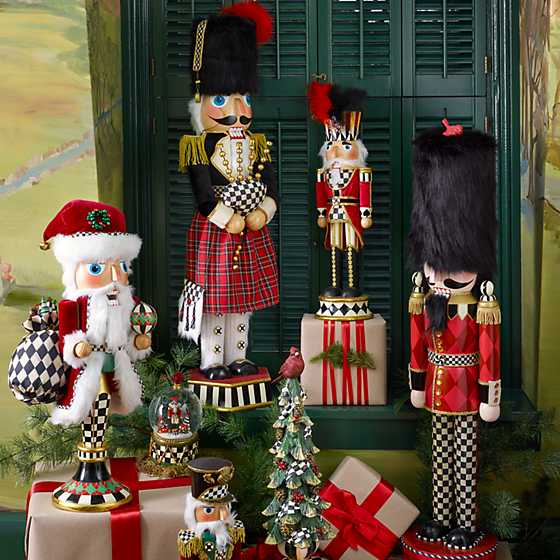 Father Christmas Pedestal Nutcracker image two