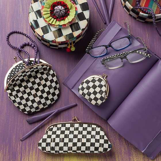 Courtly Check Eyeglasses Case image three