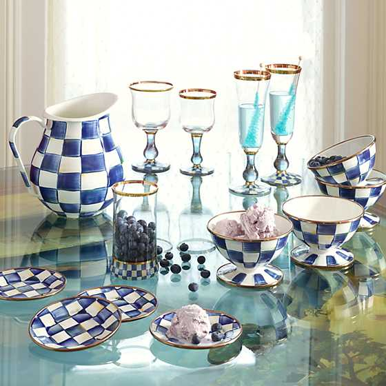 Royal Check Wine Glass image four