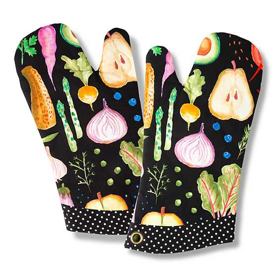 Radish & Root Oven Mitt image two