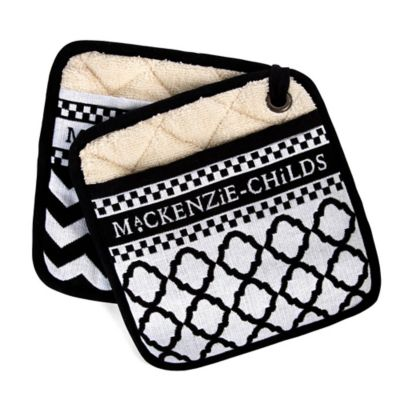 Black & White Zig Zag Pot Holders - Set of 2