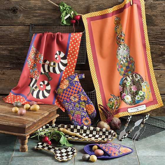 Witch's Feet Dish Towel image two