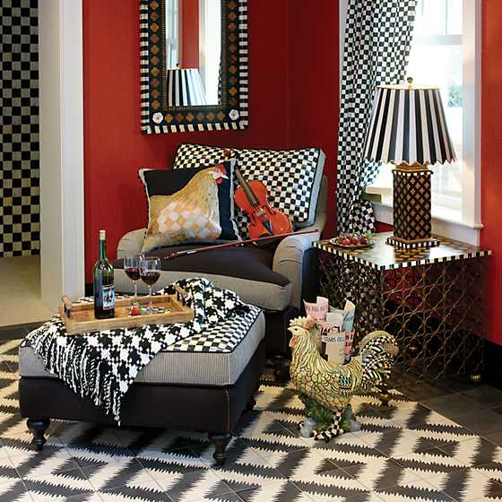 Houndstooth Throw - Black & Ivory image six