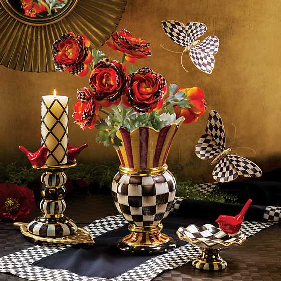 Courtly Check Table Runner - Black image eight