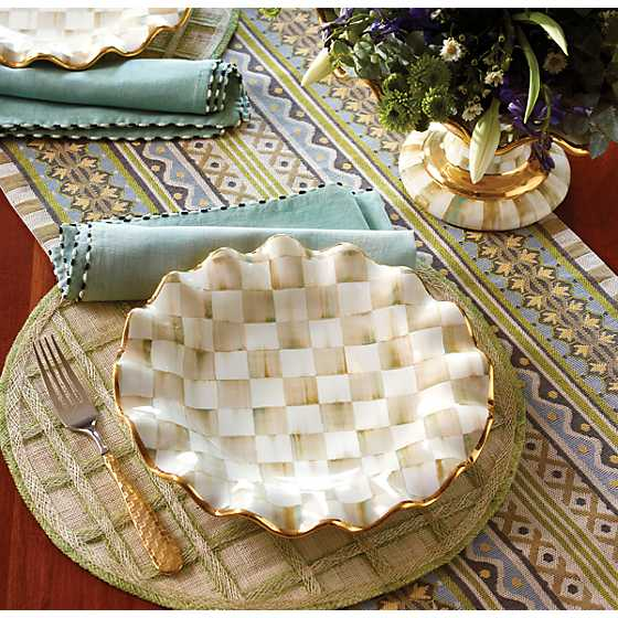 Cottage Table Runner