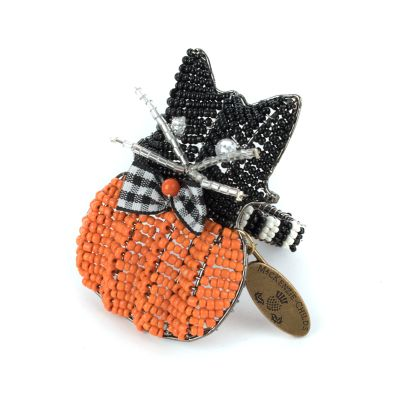 Cat on Pumpkin Napkin Ring