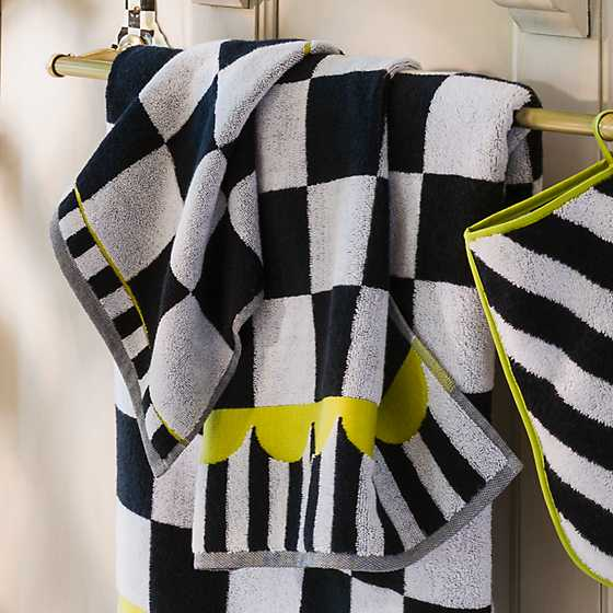 Courtly Check Hand Towel image five